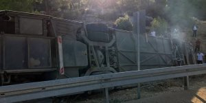 Kıbrıs'a gelecek askerleri taşıyan otobüs devrildi: 5 ölü