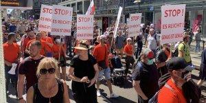 Almanya'da Covid-19 önlemleri karşıtı protesto yasaklandı