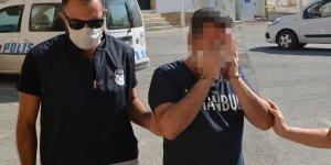 Eski öğretmen ile birlikte 2 tutuklu
