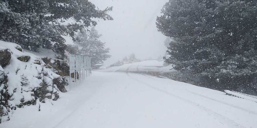 Havalar soğudu, kar yağışı başladı