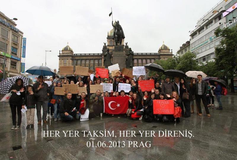 Her yer Taksim, Her yer Direniş 15