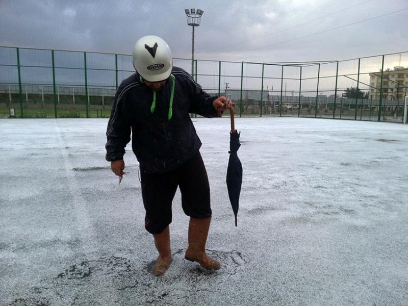 Şiddetli yağmur ve dolu Omorfo'yu vurdu 6