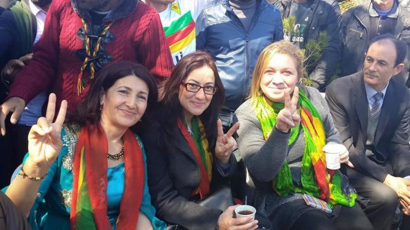 İskelede Newroz ateşi yakıldı 9