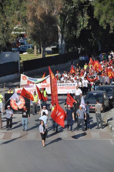 1 Mayıs Taksim Sahasında kutlandı 21