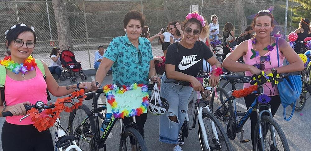 Süslü Kadınlar Bisiklet Turu yapıldı… 1