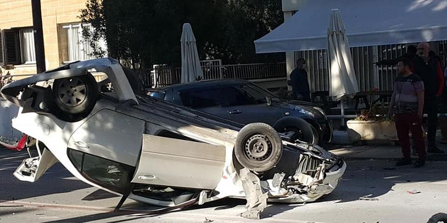 Lefkoşa'da korkutan kaza: 2 yaralı