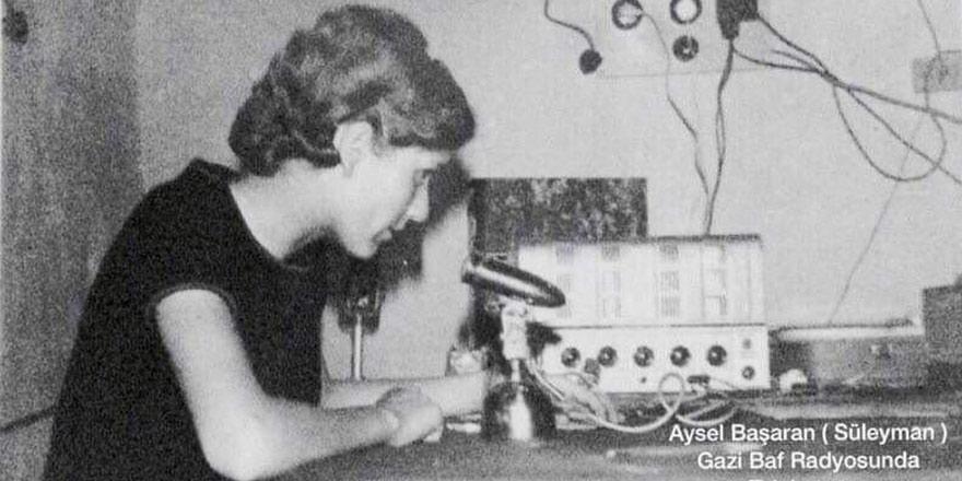 """SÖYLEŞİ: Ulus Irkad ve Aysel Süleyman ile """"Gazi Baf'ın Sesi Radyosu"""" Üzerine"""