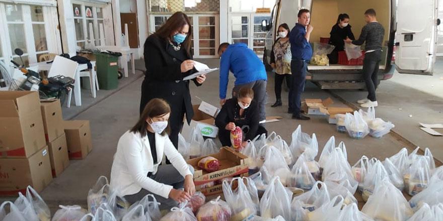 Lefke'de yardıma muhtaç ailelere gıda yardımı yapıldı