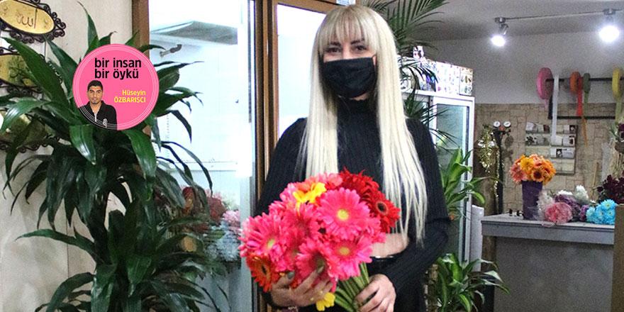 """""""Renkli çiçekler, hayatımı süslüyor"""""""