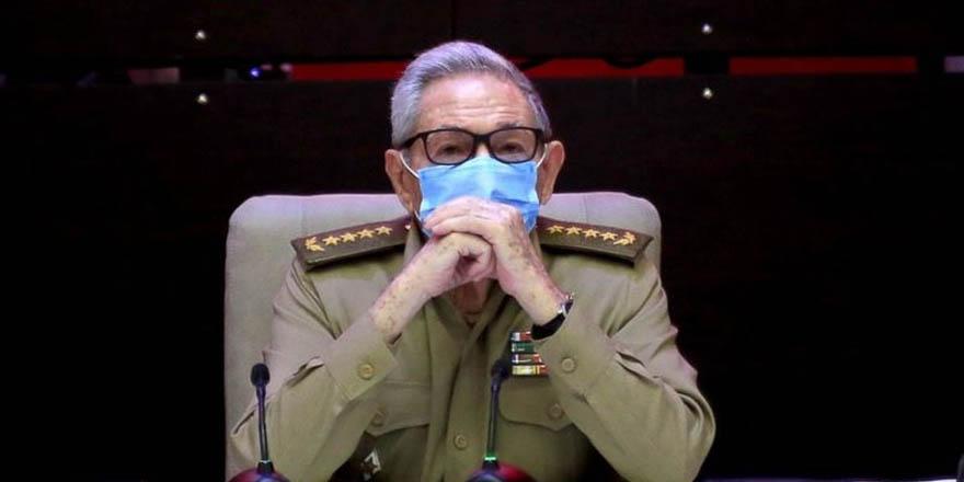 Küba'da bir dönem sona eriyor
