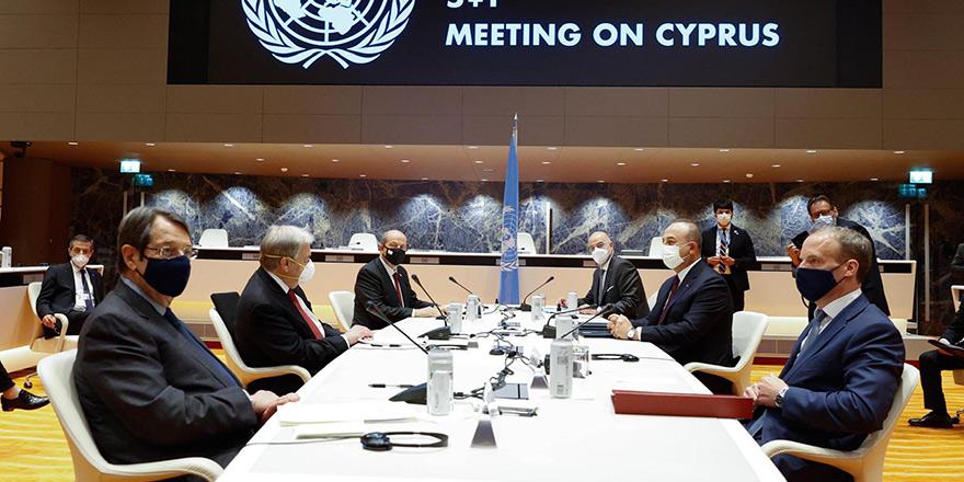 'Kıbrıs görüşmelerinde resmi müzakerelerin başlamamasından üzüntü duyuluyor'