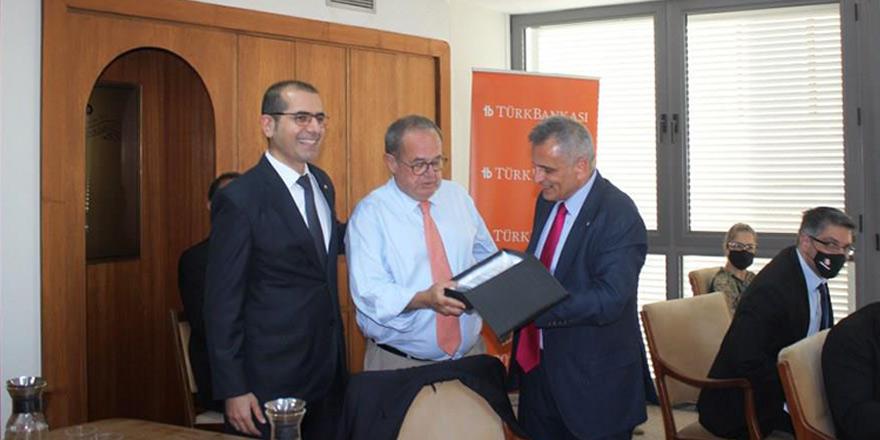 Türk Bankası'nda görev değişimi