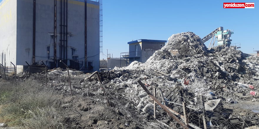 Geri dönüşüm fabrikasında yangın, 40 ton malzeme kül oldu