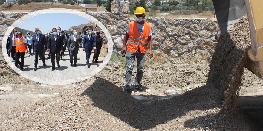 Köy yolları ihalesi Ankara'da tamamlandı, çalışmalar başladı
