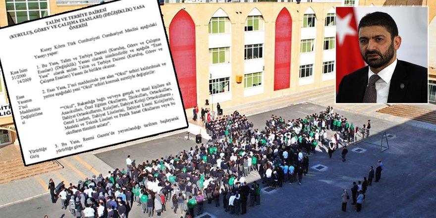 Atun'dan 'ilahiyat okulları'  önerisi!