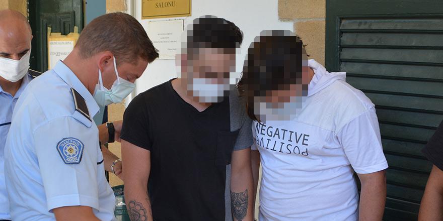 'Alkol tesirinde kundaklama': 2 tutuklu