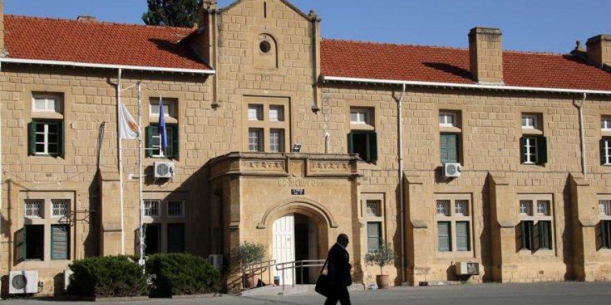 Güney Kıbrıs'ta tutuklanan Azerinin tutukluluk süresi uzatıldı