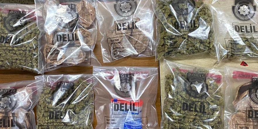 1 Kg uyuşturucu: 3 tutuklu