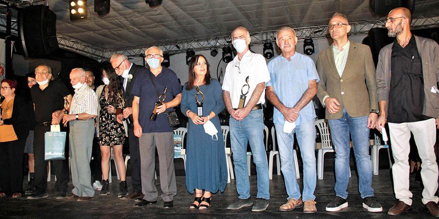 Altın Zeytin Mizah Hizmet Ödülleri verildi