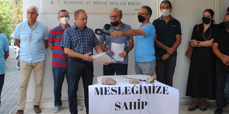 Mühendis ve Mimarlar 500'ü aşkın imza topladı,  Saner'in Onur Kurulu'na sevkini istedi