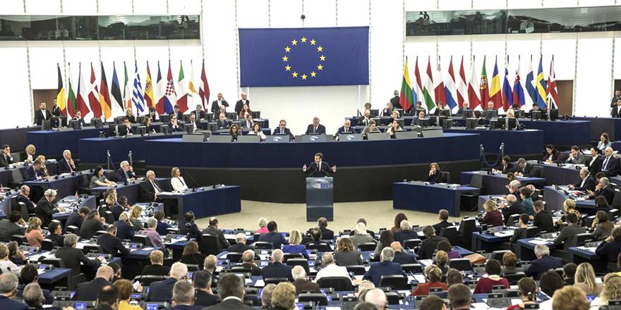 Avrupa Parlamentosu, Anastasiadis'in de yer aldığı 'Pandora Araştırması'nı onayladı