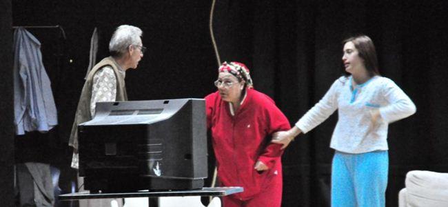 "Gibetsu, ""Pasadembo"" oyunuyla sahnede"