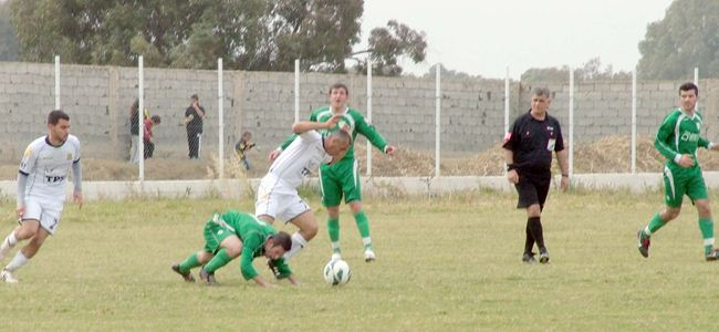 Geçitkale play-off'ta: 3-1