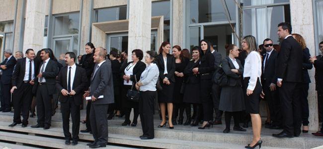Avukatlar, eylemlerini Mağusaya taşıdı