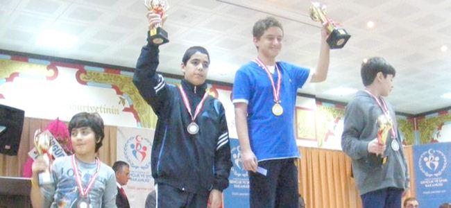 Ağdelen Türkiye üçüncüsü