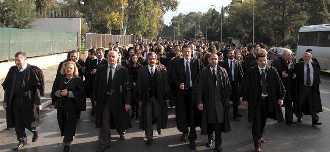 Avukatlar Mazbataya karşı yürüdü