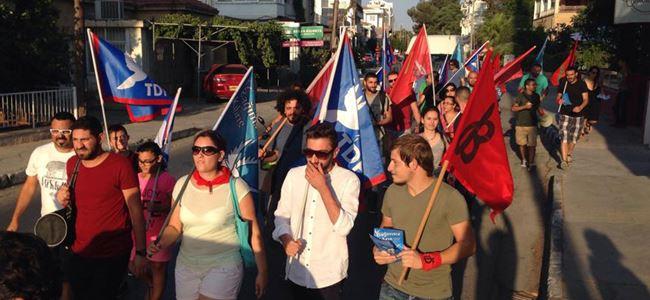 Bağımsız Kıbrıs için yürüdüler