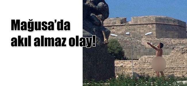 Çıplak vatandaş, dertlerini Atatürk Anıtı'na anlattı