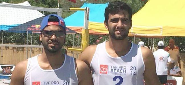 Plaj voleybolcularımız Mersin'de yarışıyor