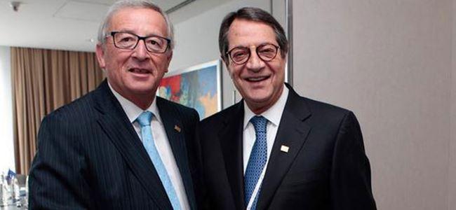 Anastasiadis ile Juncker Kıbrıs sorununu görüştü