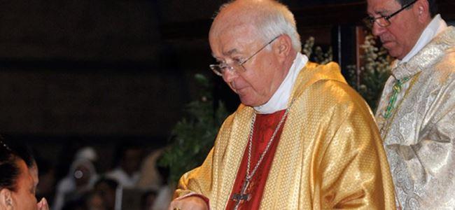 Vatikanda üst düzey pedofili tutuklaması