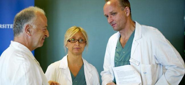 61 yaşındaki kadınnın rahimi ile doğum yaptı