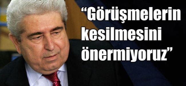 AKELden Kıbrıslı Türklere MESAJ