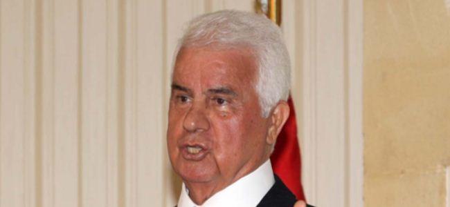 """Eroğlu'na """"Yılın En Başarılı Devlet Adamı"""" Ödülü"""