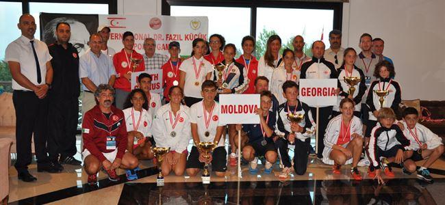 Gürcistan ve Türkiye şampiyon