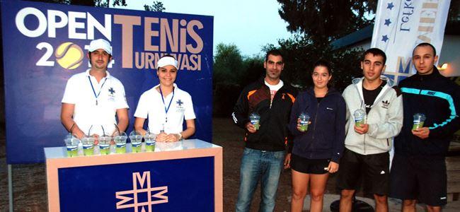 Merit Open'da yarı final günü