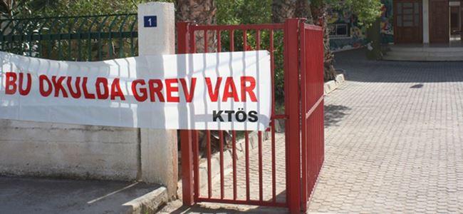 Okullardaki uyarı grevleri sürüyor