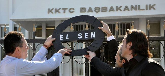 El-Sen, Başbakanlığa siyah çelenk bıraktı