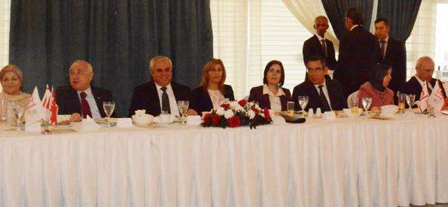 Başbakan Yorgancıoğlu ve eşi 15 Kasım kutlamaları çerçevesinde yemek verdi