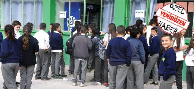 İngilizce sınıfı, 'okul kantini' oldu