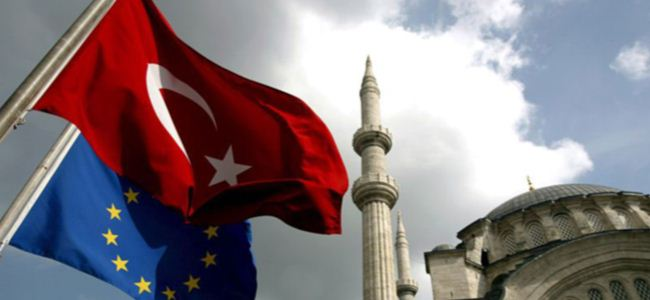 AKEL ve DİKO Türkiye İlerleme Raporu'nu yorumladı