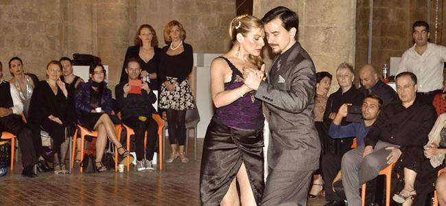 Bedestende tango başkadır