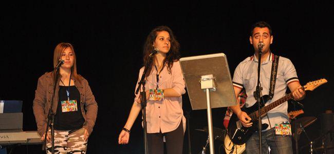 """DAÜ """"IV. Liselerarası Müzik Festivali'nde liseliler coştu"""