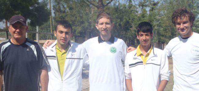 Lefkoşa Şehir Kulübü'nden çifte şampiyonluk