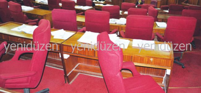 Meclis ikinci deneme toplanabildi