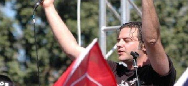 Anayasa Barda Devrim Türküleri vardı